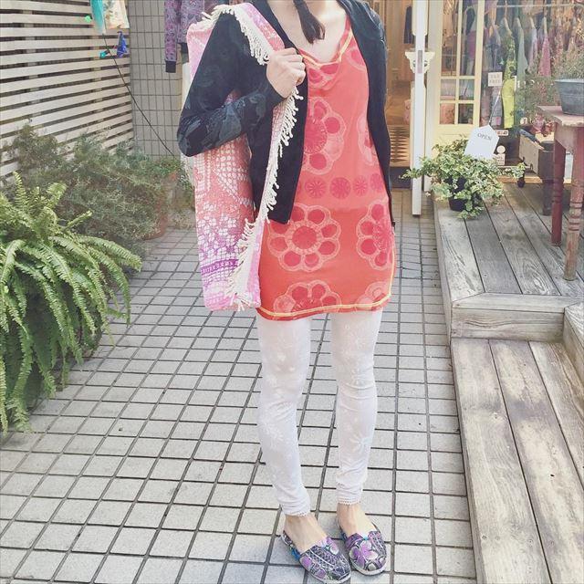 私服でも着られるオシャレかわいいヨガコーディネートの画像3