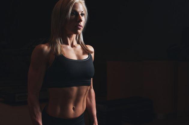 有酸素運動する女性の画像10