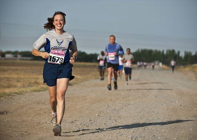 有酸素運動する女性の画像11