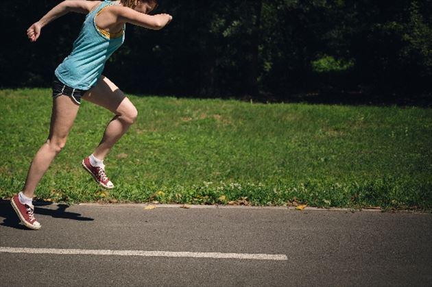 有酸素運動する女性の画像21