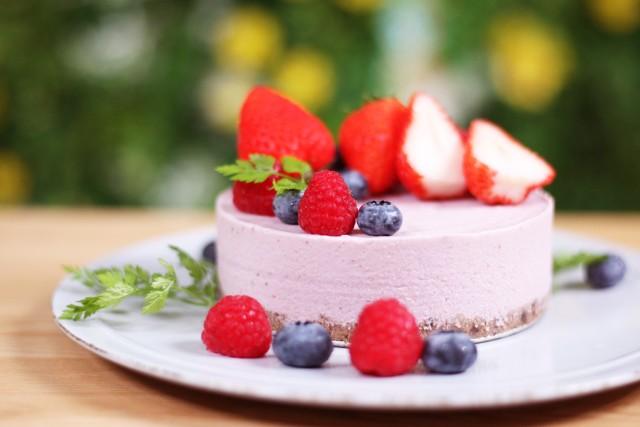 ベリーベリーRAWケーキの画像